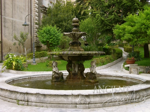 Antique-Pool-Fountain-024-b